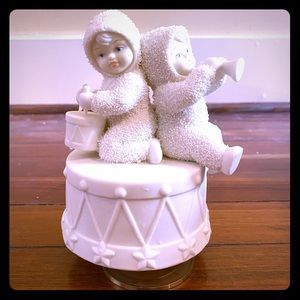 Snowbabies Music Box by Department 56
